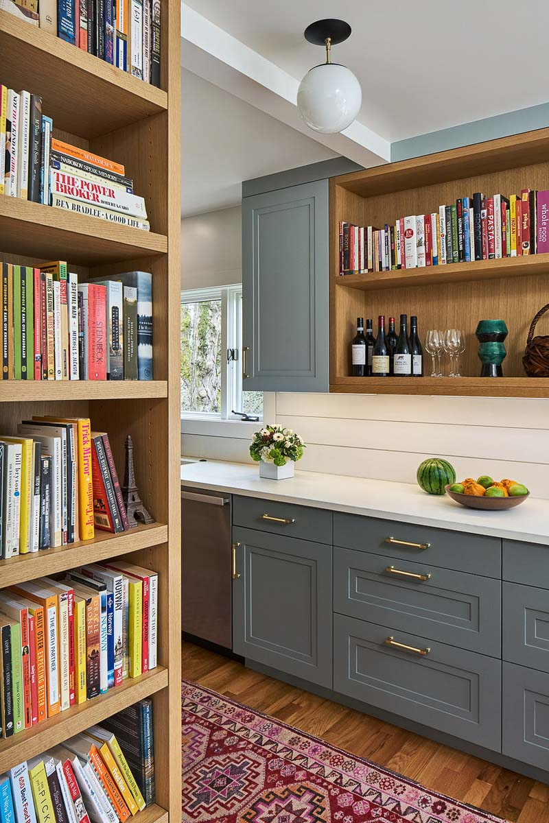 Turning the corner into the kitchen